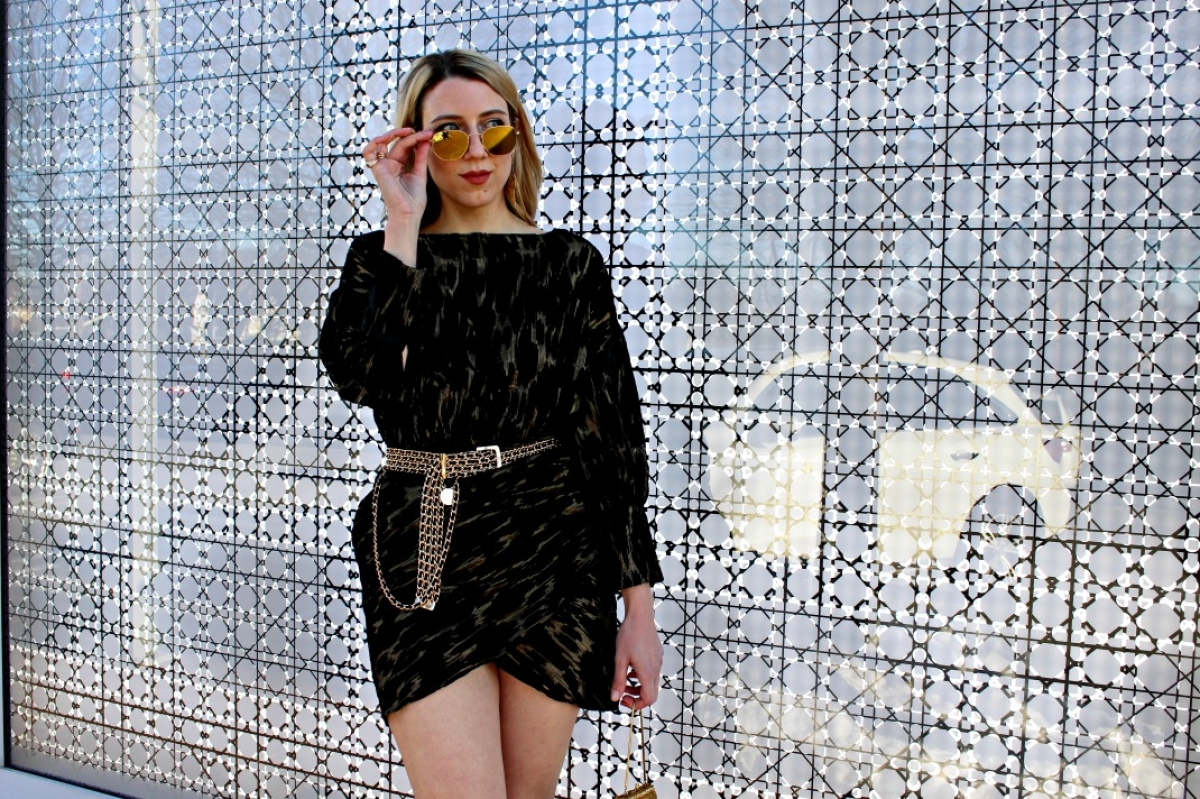 Need a Clubbing Outfit Idea? This Black and Gold Cocktail Dress is ...